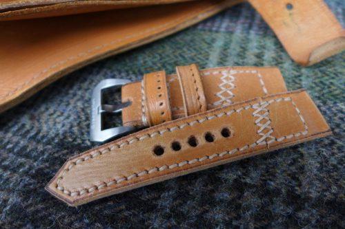 Greenpilot-watchstraps-Leder-true-ancient-vintage-line-butterscotch-Lehrertasche