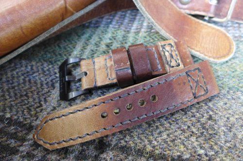 Greenpilot-watchstraps-Leder-true-ancient-vintage-line-pecanut-Messengertasche