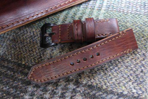 Greenpilot-watchstraps-Leder-true-ancient-vintage-line-walnut-Lehrertasche